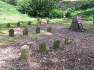 Pets' Graveyardat Brodsworth Hall